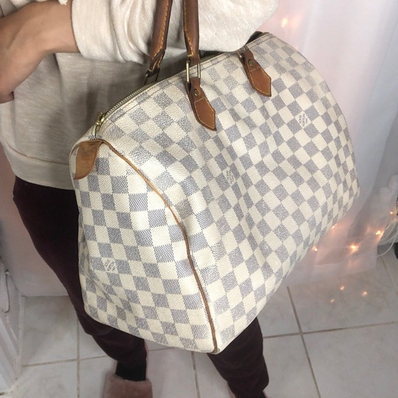 91fa2ad38e6 Louis Vuitton Handbags - Louis Vuitton Speedy 35  Damier Azur